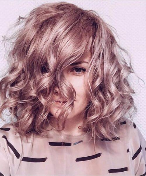 peinados de color lila de longitud de hombro de oro rosa