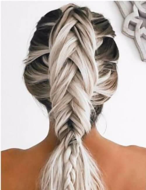 subida luminosa aros updos para cabello largo