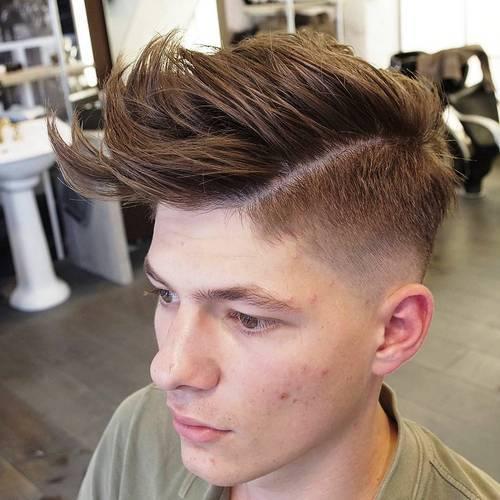 Peinados de pomp sucios para hombres