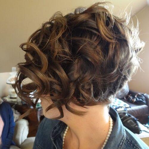 Peinados de novia apilados Bob