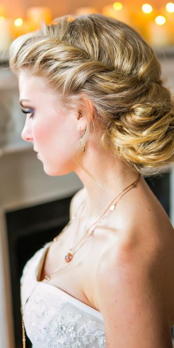 3easy-updos-for-long-hair-100416