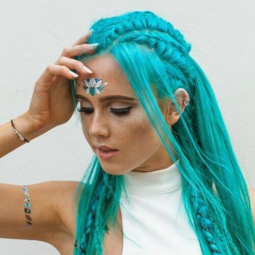 Peinados de trenza verde azulado para cabello largo