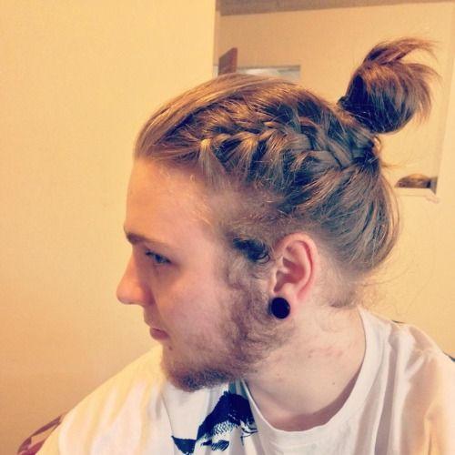 peinados trenzados de cola de caballo para hombres