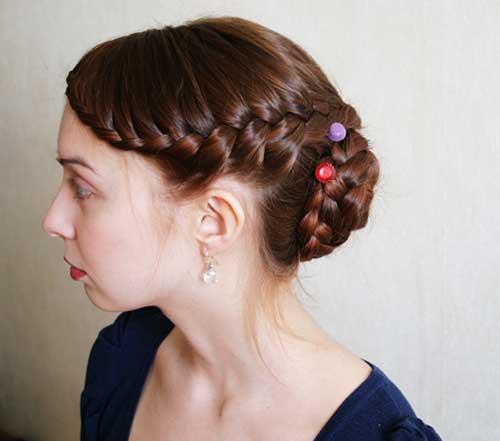 Mejor trenzado Updo para cabello largo y grueso