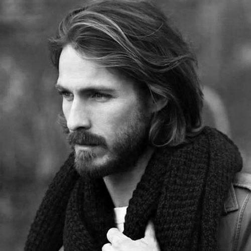 peinados largos ondulados casuales para hombres