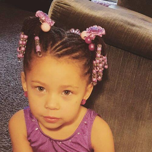 Perlas y trenzas Little Girl Hairstyles