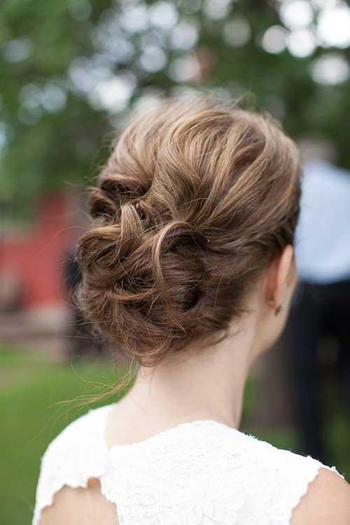 Simple Updo sencillo para cabello largo