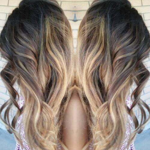 ombre caramelo en el pelo largo