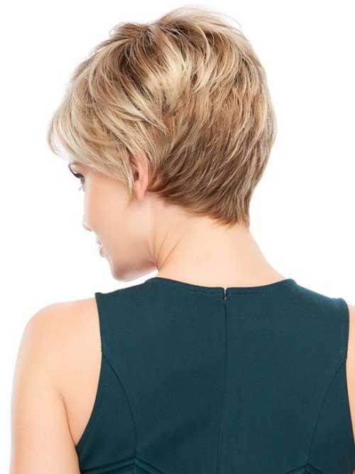 Pixie con capas cortas femeninas Vista posterior