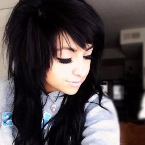 peinados emo negro azabache para niñas