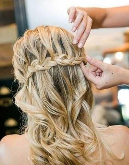 Peinados bonitos de la boda mitad hasta la mitad hacia abajo