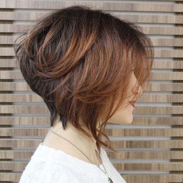 12120416-cuña-corte de pelo