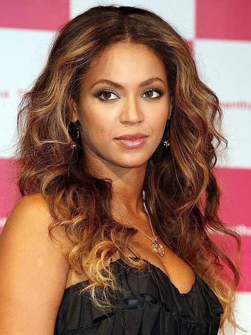 Beyonce morena al cabello rubio