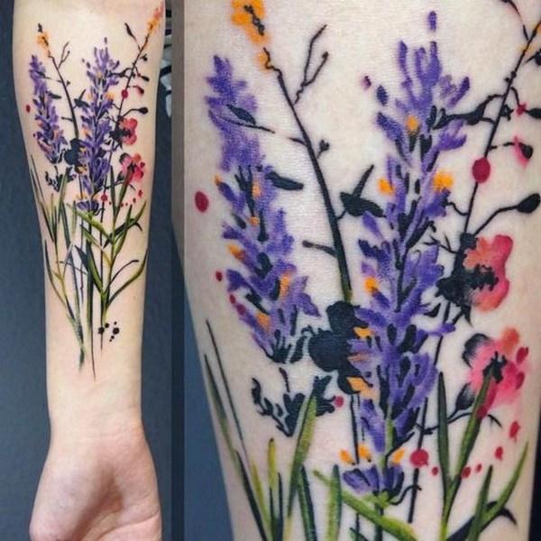 Diseño de tatuaje de flores silvestres.