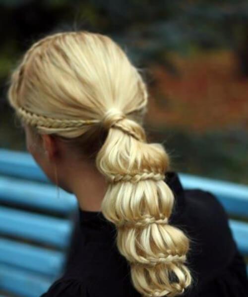 intrincados peinados de cola de caballo largos