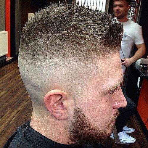 Peinados súper puntiagudos