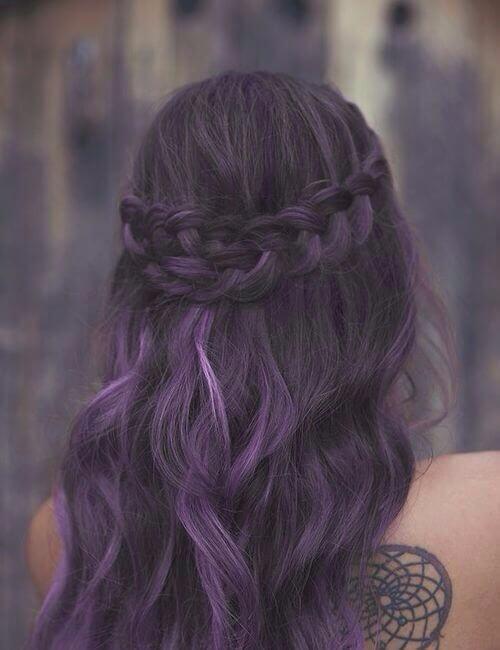 french trenza espalda corona cabello púrpura
