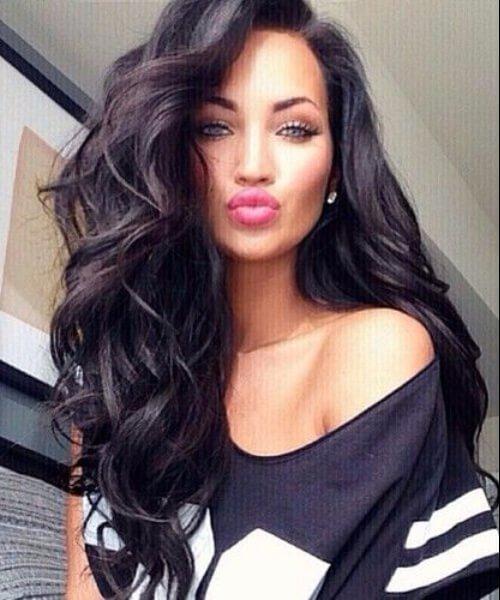 peinados largos de volumen natural