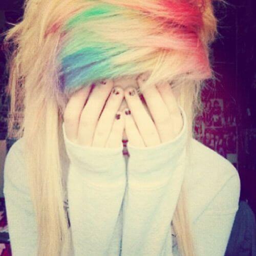 arco iris explosiones emo peinado para niñas