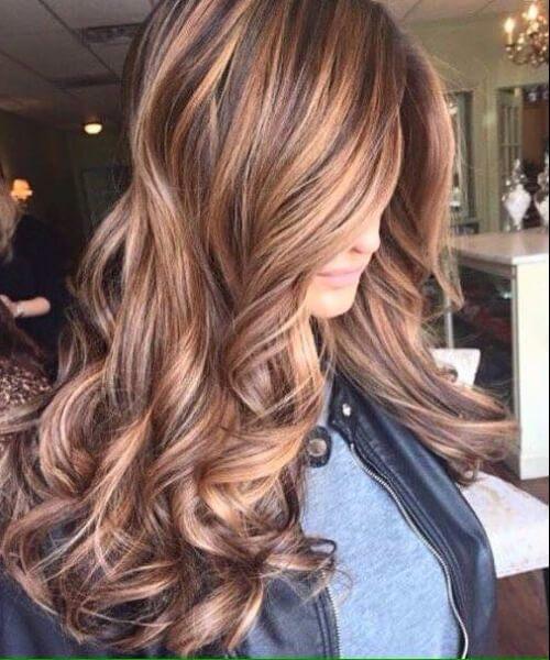 Sienna quemado y rubio pelo de otoño colores