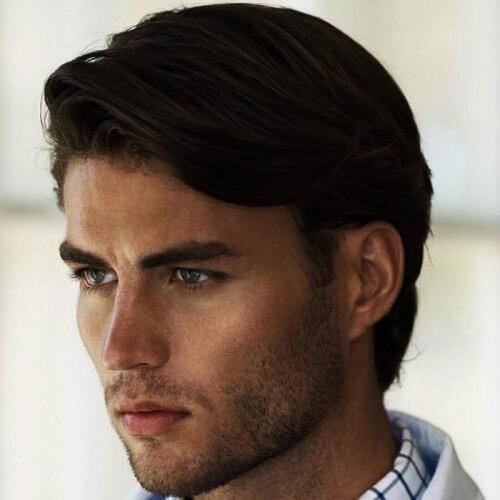 Peinados medianos profesionales para hombres con cabello grueso