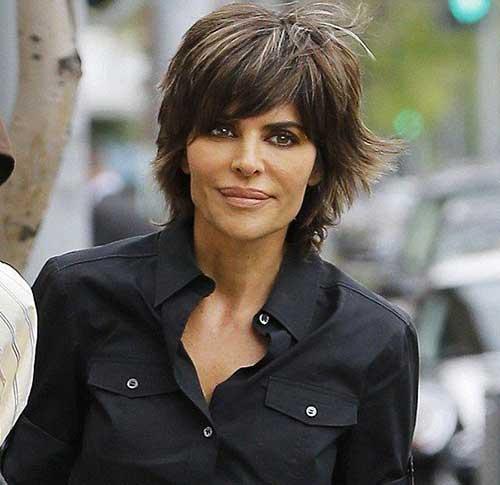 Lisa Rinna Haircuts-17