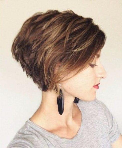 peinados cortos bob en capas para el cabello fino