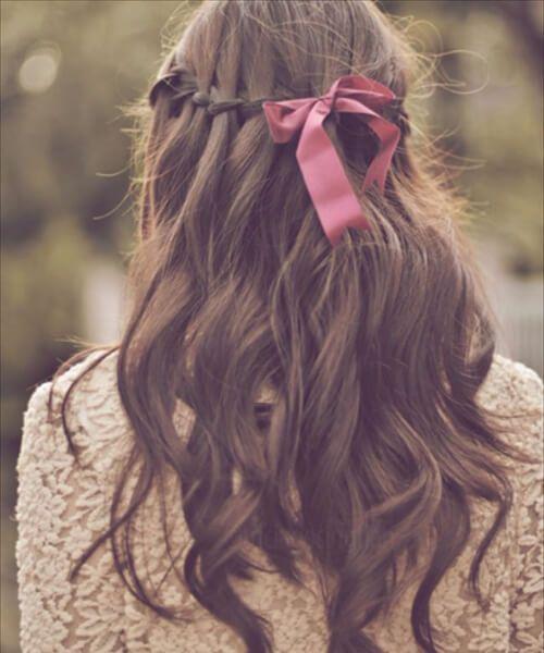 peinados de longitud media con cinta