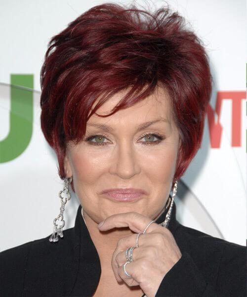 Sharon osbourne peinados de duendecillas en capas suaves flecos para mujeres mayores de 50