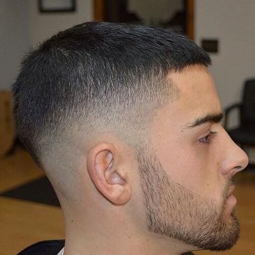 Caesar Cut peinados modernos para hombres