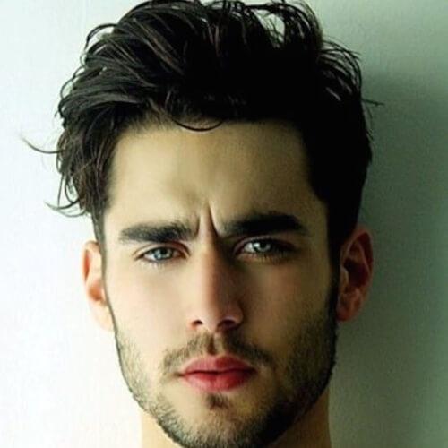 Peinados modernos sucios para hombres