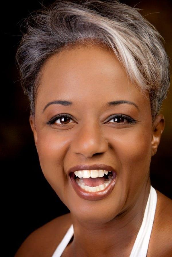 peinados cortos para mujeres negras 41