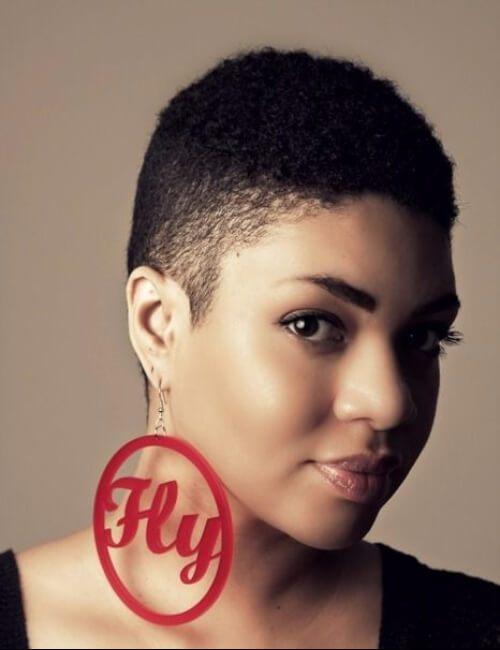 desvanecer los peinados cortos para las mujeres negras