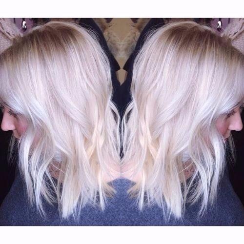 cabello rubio platino ceniza
