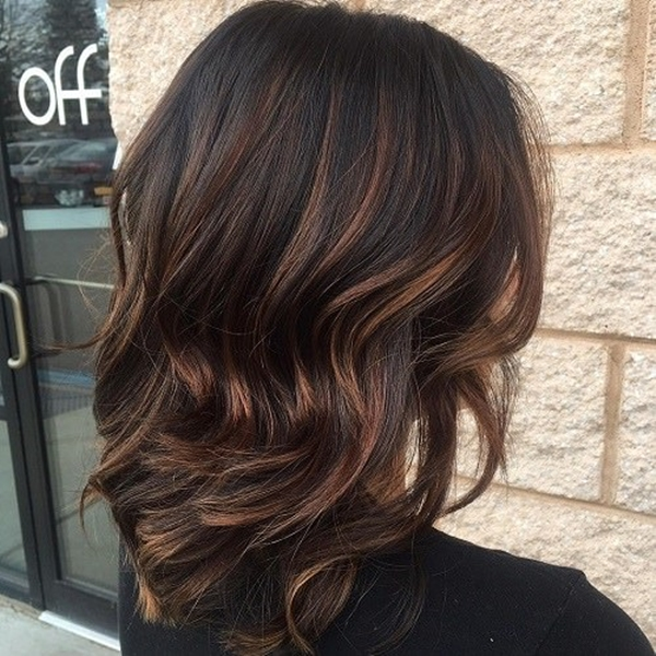 56150916-highlights-for-brown-hair