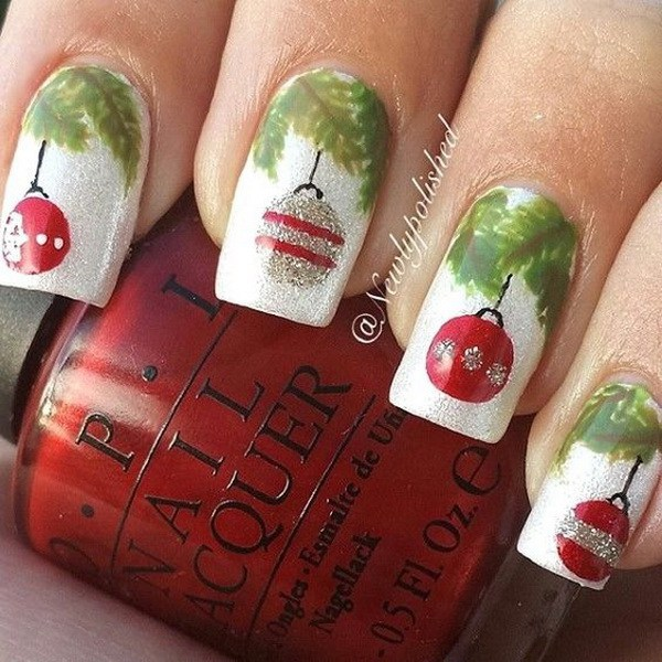 Christmas Baubles Nail Art Design.
