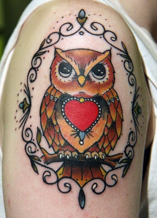 Owl Sleeve Tattoo.  Más a través de https://forcreativejuice.com/attractive-owl-tattoo-ideas/