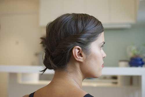 Easy Updos para cabello oscuro de corte medio