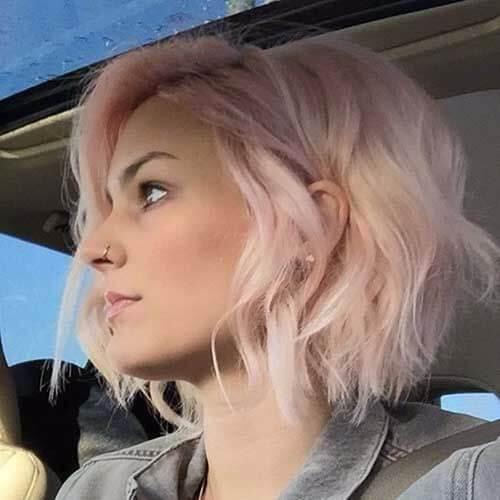 corte de pelo ondulado rosa bob