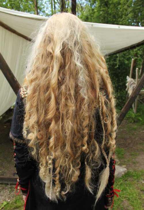 Niñas con pelo largo y rizado-22