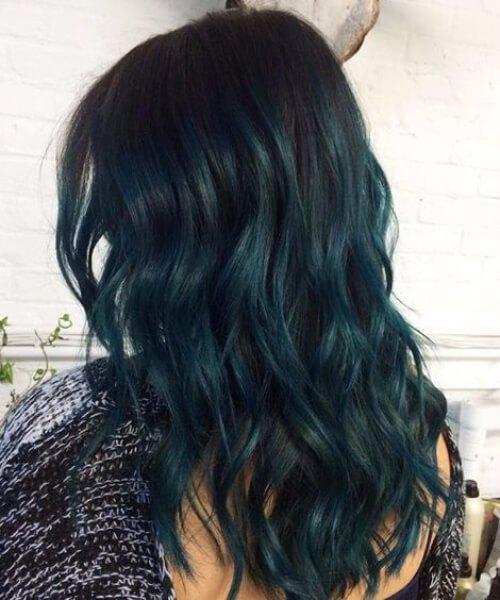 color verde oscuro del pelo verde azulado del océano
