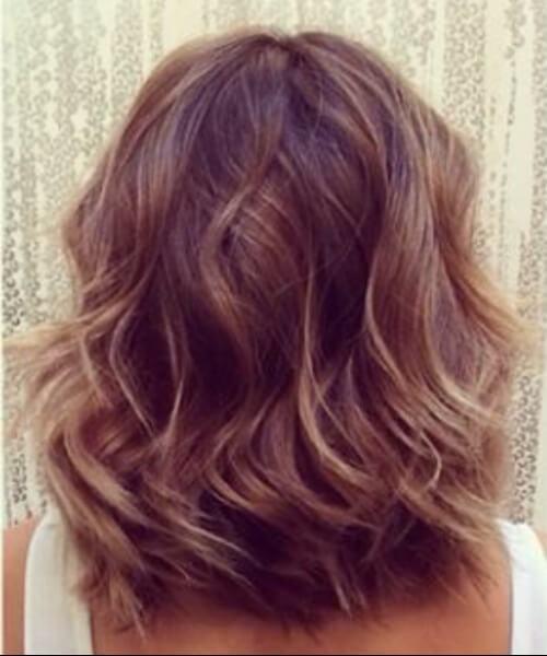 ondas de playa longitud de hombros peinados