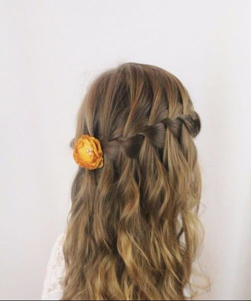 peinados de niña rosa amarilla