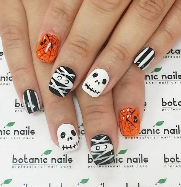 Zombie Halloween Nails.  Ideas de arte de uñas de Halloween.