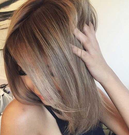 Largos y oscuros peinados rubios