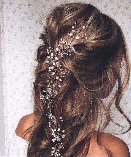 Elegantes peinados exquisitos tocados de baile prom