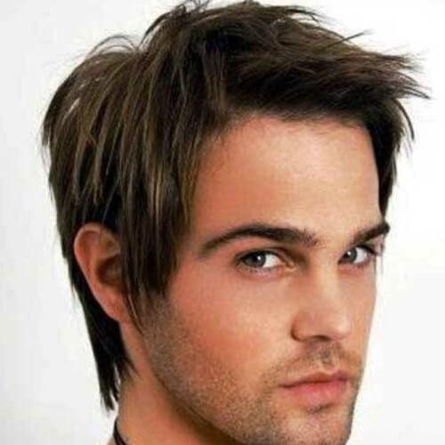 Peinados de los años 90 para hombres con líneas rectas