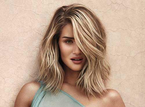Últimos largos peinados medianos