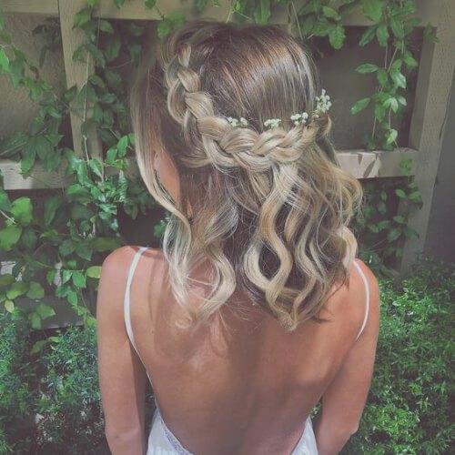 Corona trenzada con aliento de bebé flores peinados de fiesta para el pelo corto
