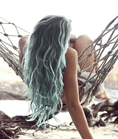 Sirena de pelo gris